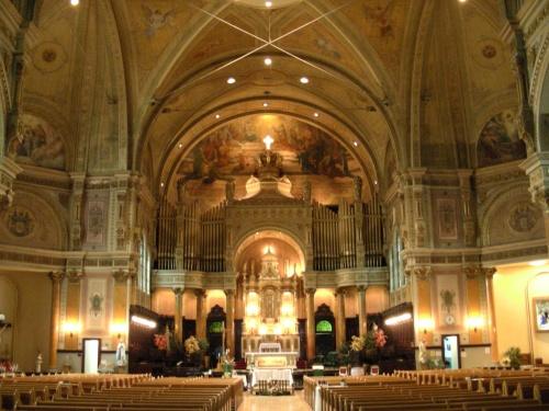 2 Église Très-Saint-Nom-de-Jésus dans Maisonneuve