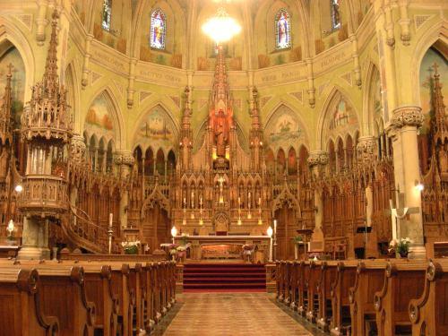 4 Église Saint-Viateur dans Outremont