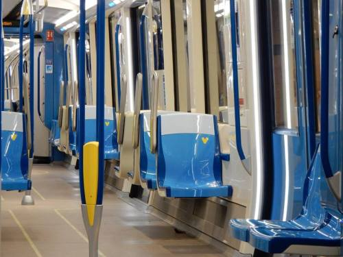 voiture-azur-metro-de-montreal