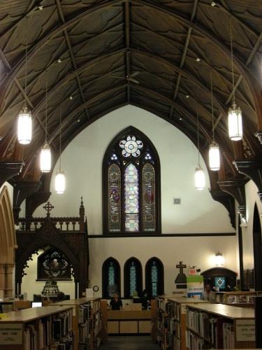 9 église anglicane St. Matthew - bibliotheque