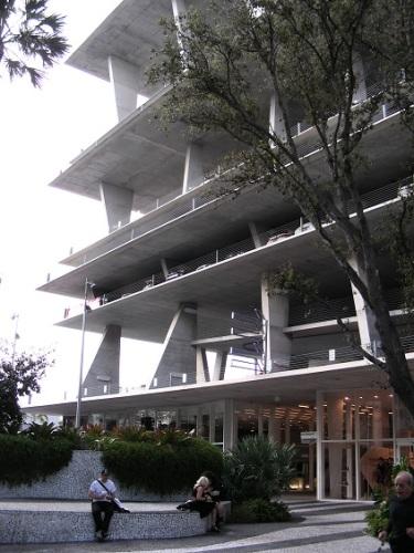 Le 1111 Lincoln Road de Miami, vu de la rue piétonnisée
