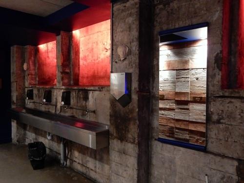joverse-vieux-montreal-toilette