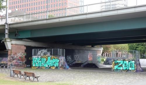 frankfort-sous-les-ponts-et-viaducs