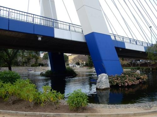 marbella-sous-les-ponts-et-viaducs