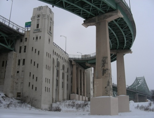 montreal-sous-les-ponts-et-viaducs-1