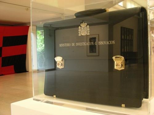 a Ministère des enquêtes et de l'innovation de Antoni Muntadas