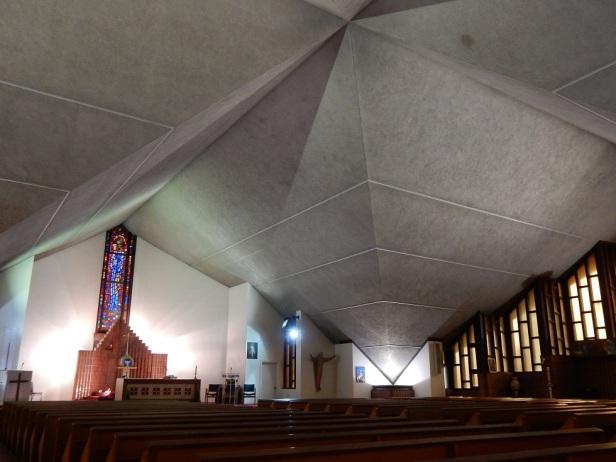 L'Église de Notre-Dame-du-Bel-Amour Montréal Roger D'Astous (2)