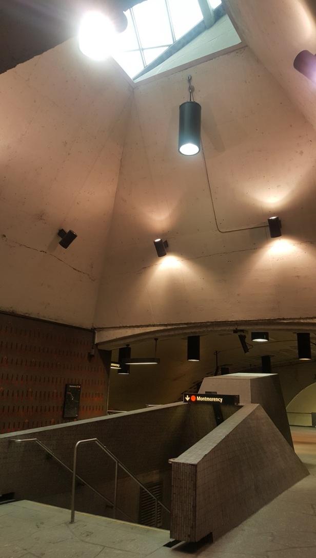 Station Beaudry Métro de Montréal Roger D'Astous (2)