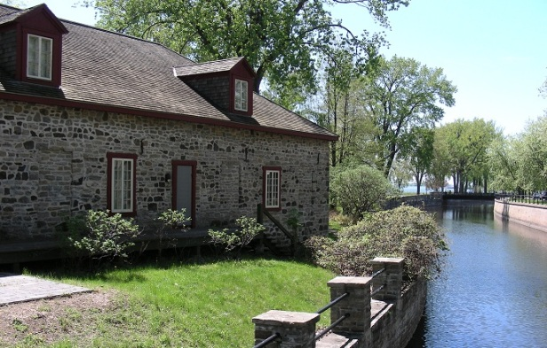 Lieux historiques national du Commerce-de-la-Fourrure-à-Lachine Musée Montréal