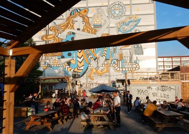 Aire Commune Beergarden Montréal 2