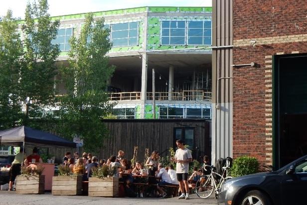 Alexandraplatz beergarden Montréal