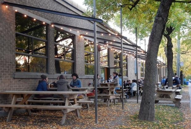 Ma Brasserie beergarden Montréal
