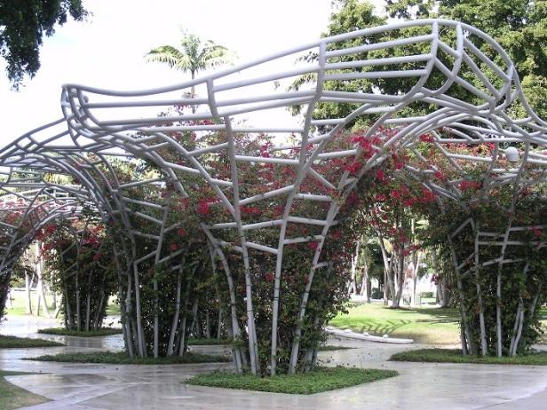 Support a plante grimpantes Miami