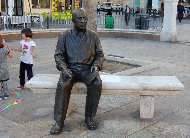 Banc sculpture Malaga