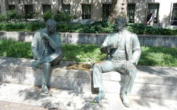 Banc sculpture Washington