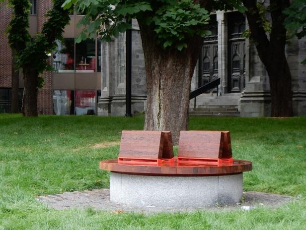 1 Banc public Montréal UQAM