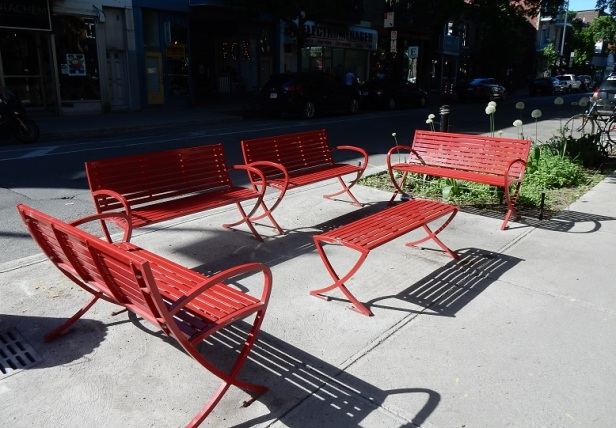 2 Banc public Montréal Laurier Est
