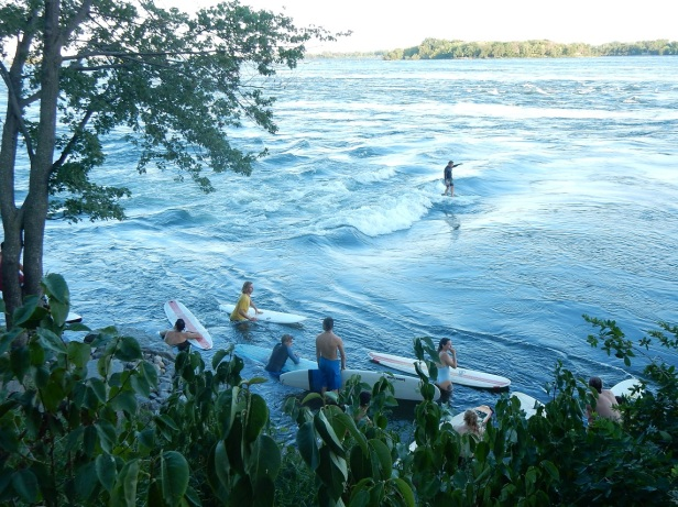 Vague à Guy LaSalle Montréal Surf (1)