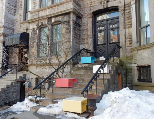 Bancs publics Montréal Hotel Ambrose
